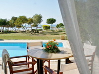 Отель Thalassines Beach Villas, Айя-Напа
