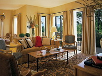 Отель Four Seasons Provence 5*,
