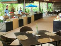 Отель Boracay Fairways Bluewater Resort,