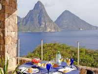Jade Mountain 4*