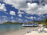 Sandals Halcyon Beach 4*
